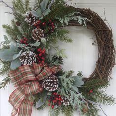 Winter Wreath-Christmas Wreath-Christmas Decor-Holiday Wreath for Door-Frosty Evergreen Wreath-Snowy Wreath-Natural Wreath