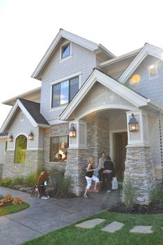 Craftsman home exterior