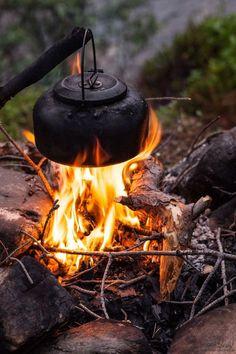 Climber Couple Api unggun, Kayu bakar, Dapur tradisional