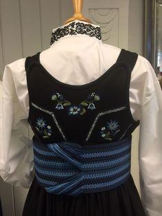 Detaljer på jakke til #beltestakk #sidserksystue