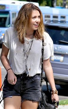 Miley Cyrus News - Unofficial Fan Blog: September 26, 2010