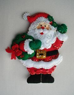 Bucilla Dropping In 6 Fabric Christmas Ornaments, Felt Christmas Decorations, Cozy Christmas, Felt Ornaments, Christmas Themes, Christmas Stockings, Christmas Holidays, Christmas Crafts, Holiday Decor