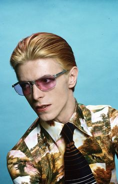 Bowie photographed in Los Angeles, 1974.