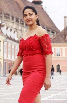Most Beautiful Bollywood Actress, Bollywood Actress Hot Photos, Actress Photos, Beautiful Actresses, Anushka Photos, Curvy Girl Lingerie, Actress Anushka, South Actress, Girls Fashion Clothes