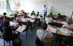 Échec scolaire : 140.000 élèves exclus du système. 10 idées pour réinventer le collège (France)