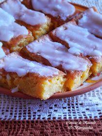 Não são mais que uma massa de Pão de Ló ensopado numa calda de açúcar, com uma cobertura branca também de açúcar! Como podem ver.... n...