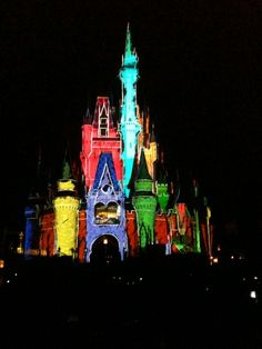 The Magic, The Memories and You castle projection light show, Magic Kingdom