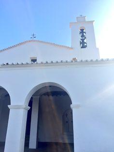 La belleza de #Evissa en #otoño #SantMateu #SantAntoni #naturaleza #Ibiza #autumnexperience #Ibizavibes #nature #countryside #Ibizalife Ibiza, San Francisco Ferry, Countryside, Building, Nature, Travel, Life, Pictures, Naturaleza