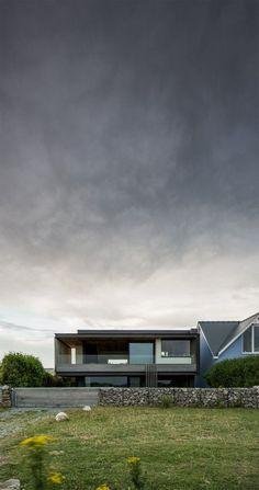Architecture & Interior Design - Modern Surfaces: