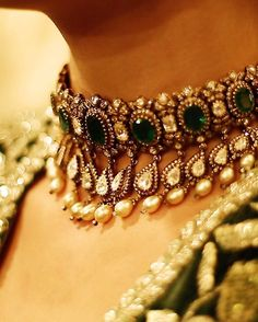 THIS necklace. swoon. emeralds + diamonds + pearls. // kishandas jewelers for sabyasachi.