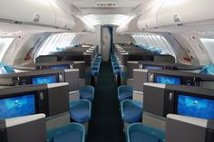 will dept soon from PVG to HKG, today the aircraft rotated to with Olympus business class product, i. This is upper deck. Best Airlines, Pacific Airlines, Airport Lounge, Cathay Pacific, Aviation Industry, Class B, Cabin Design, Boeing 747, Business Class