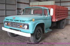 mid-60's Ford Grain / Cattle Truck