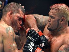 Bigfoot Silva vs Mark Hunt @ UFC fight night 33