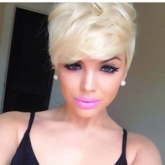 H-O-T!! Platinum blonde bob with the perfect make-up to pull the look together