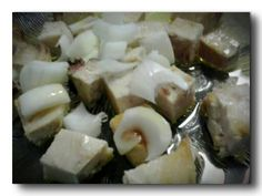 Lomos de bonito del norte en aceite de oliva con cebolleta. Tahona Artesanal Gourmet Bilbao.