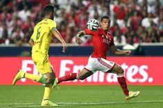 Jogo entre Paços de Ferreira e Benfica com lotação esgotada