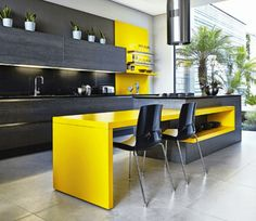 Yellow kitchen will be so much attractive for any home design whether big or small. It gives your room a bright color and more spacious. So, here are some yellow kitchen ideas for designing your kitchen room. Yellow Kitchen Designs, Best Kitchen Designs, Modern Kitchen Design, Interior Design Kitchen, Modern Interior Design, Interior Ideas, Small Modern Kitchens, Black Kitchens, Cool Kitchens