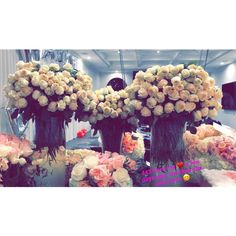 Flowers from Travis to Kylie to celebrate Stormi birth