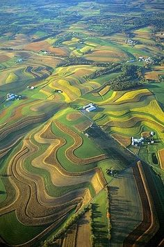 Lancaster County, Pennsylvania.......my hometown looks like a piece of artwork!