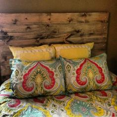 Headboard idea by thecarrothers/tumbl via Jenny Fenton