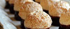 Recept Kokosové koule v čokoládě Krispie Treats, Rice Krispies, Muffin, Breakfast, Morning Coffee, Muffins, Rice Krispie Treats, Cupcakes