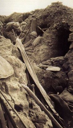 1916 a French trench near Verdun