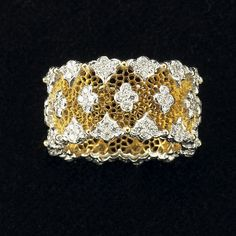 BUCCELLATI   Bague en or jaune et diamants