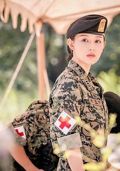 Korean Actresses, Korean Actors, Actors & Actresses, Song Hye Kyo, Song Joong Ki, Seo Dae Young, Kdrama, Sun Song, Descendents Of The Sun