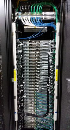 How to make the world a better place. 23 Photos That Will Make Anyone Who Works In IT Satisfied Data Center Rack, Data Center Design, Network Rack, Network Organization, Structured Cabling, Network Infrastructure, Server Rack, Computer Build, Best Pc