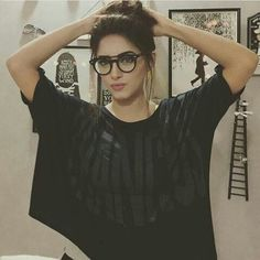 Sanam awesome click Prettiest Actresses, Beauty Around The World, Pakistani Actress, Celebs, Celebrities, Celebrity Pictures, Casual Wear, T Shirts For Women, Crop Tops