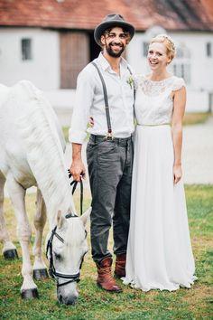 Verspielte Vintage-Hochzeitsinspiration in Rosa und Gold @Kathleen John Fotografie, Mark Simons http://www.hochzeitswahn.de/inspirationsideen/verspielte-vintage-hochzeit-in-rosa-und-gold/ #vintage #wedding #mariage