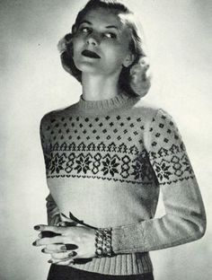 Vintage 1940s Knitting Pattern How to Make A Fun Ladies Christmas Snowflake Jumper