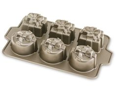 Nordic Ware Gift Cakelet Pan | Williams-Sonoma $36