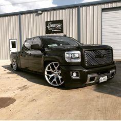 pick ups trucks Custom Chevy Trucks, Chevy Pickup Trucks, Chevrolet Trucks, Ford Trucks, Chevy C10, Custom Cars, Gmc Denali Truck, Silverado Truck, Dropped Trucks