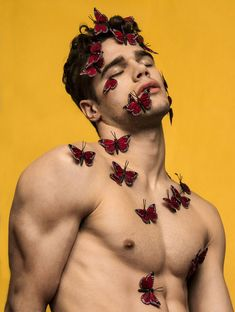 Tucker des Lauriers — male models. butterflies. aesthetic. muscles. photography.