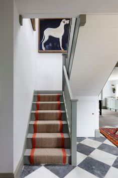 Perfect Color inspo! Such a good pop of color on this stair runner. Design by Tom House   The post  Color inspo! Such a good pop of color on this stair runner. Design by Tom House…  appeared f .. Home Decor Bedroom, Staircase Design, Decor Interior Design, Cheap Home Decor, House Interior, Contemporary Home Decor, Interior Staircase, Interior Design, Funky Home Decor