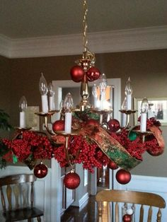 Top 40 christmas chandelier decoration ideas pinterest christmas beautifully understated aloadofball Gallery
