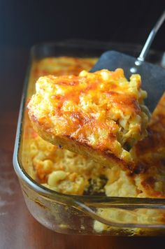 The best Baked Macaroni and Cheese packed with two types of cheese and cooked to perfection. So easy to make, this is a great weekday meal recipe the whole family will enjoy. Macaroni and Cheese packed with two types of cheese and baked to perfection. Macaroni And Cheese Casserole, Best Macaroni And Cheese, Macaroni Cheese Recipes, Mac And Cheese Homemade, Oven Mac And Cheese, Baked Cheese, Macaroni Pie, Baked Macaroni And Cheese Recipe With Eggs, Mac And Cheese Recipe For A Crowd