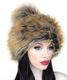 Summer Fox Faux Fur Pom-Pom Hat