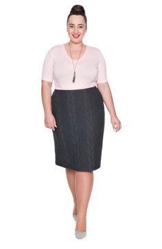 Ciemnoszara prosta spódnica we wzór - Modne Duże Rozmiary