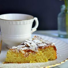 Lemon, Ricotta and Almond Cake 8 tablespoons unsalted butter, softened 1 cups super fine sugar 1 teaspoon pure vanilla extract 2 tab. Lemon Desserts, Lemon Recipes, Gluten Free Desserts, Just Desserts, Sweet Recipes, Cake Recipes, Dessert Recipes, Cupcakes, Cupcake Cakes