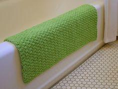 Amazing rug for the bath. Crochet Home Decor, Crochet Crafts, Yarn Crafts, Crochet Mat, Easy Crochet, Yarn Projects, Crochet Projects, Learn To Crochet, Crochet Things