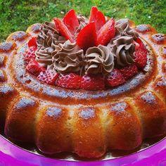 Savarin au chocolat dans le moule à savarin cannelé Guy Démarle.  Recette du cuisine actuelle spéciale Pâtisserie adaptée au cook'in. #savarin #guydemarle #cookin
