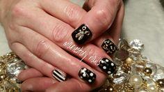 Black n White nails by @ mariestory nails