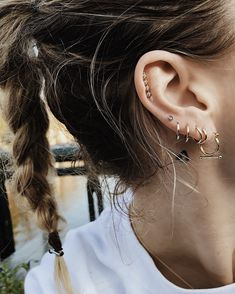 Overload Studios   The Diamants Blanc earring & The Trapeze Earring gold