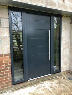 Hormann front door Porch Doors, Garage Doors, Front Doors, Home Door Design, Pacific Heights, House Front Door, Metal Buildings, Doorway, Building A House