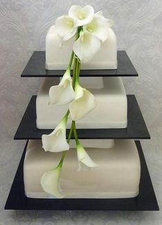 Weddbook is a content discovery engine mostly specialized on wedding concept. You can collect images, videos or articles you discovered  organize them, add your own ideas to your collections and share with other people | Calla Lily Wedding Cakes