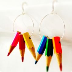 Easy tutorial for making your own colourful and unique pencil crayon earrings.  Makes a great teacher's gift!
