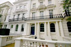 Beautiful townhouses in Kensington Park Gardens - Warwick Avenue