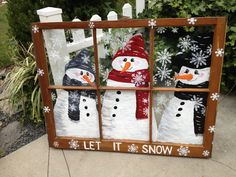 Top 30 Lovely and Cheap DIY Christmas Crafts Sure to Wow You, DIY and Crafts, Beautiful snowman window frame Snowman Crafts, Holiday Crafts, Cheap Christmas Crafts, Christmas Decorations For Outside, Christmas Crafts For Gifts For Adults, Snowman Christmas Decorations, Noel Christmas, Christmas Ornaments, Christmas Ideas